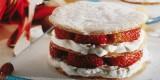 Biscoito de amêndoa com chantilly